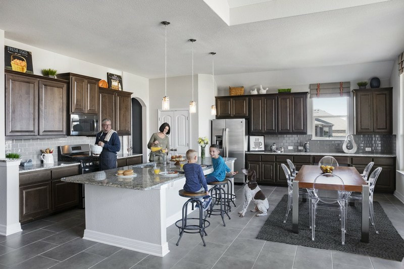 Chesmar Homes | Family Interior | SaddleCreek